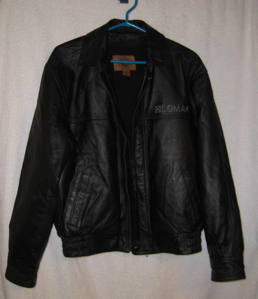 MADE IN CANADA MENS LEATHER JACKT PRE OWNED