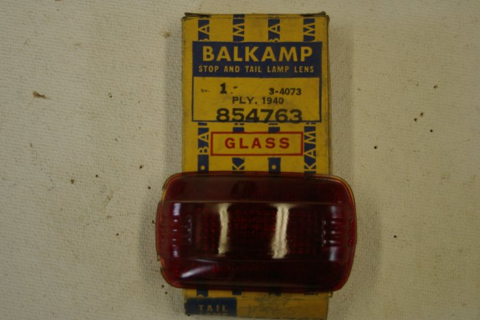 1940 PLYMOUTH Stop & Tail Lamp Lens ( taillight)