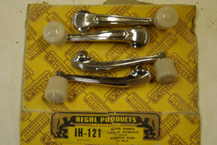 1929 38 PLYMOUTH Inside Handle window riser ( 4 )