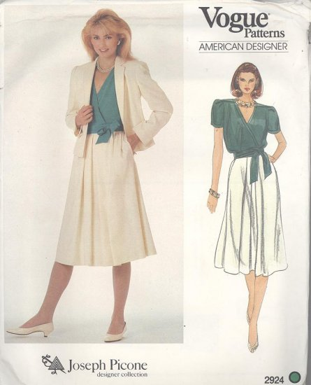 Joseph Picone Vogue American Designer 2924  Sewing Pattern Blouse, Skirt and Jacket Size 16