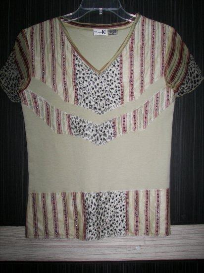 V-832 Shana-K Cap Sleeve Top Style