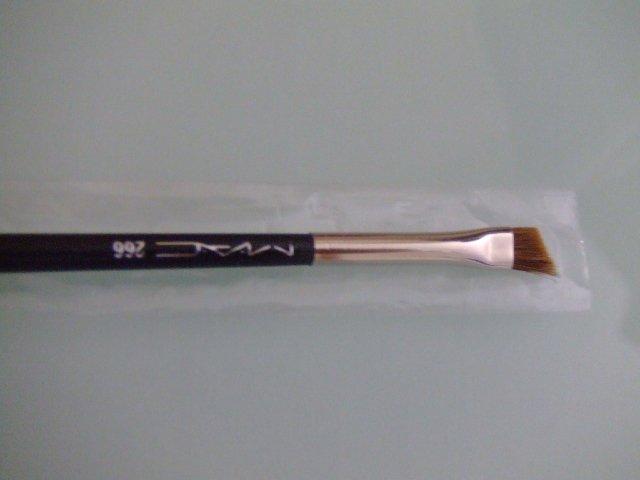 [266] SMALL ANGLE BRUSH