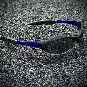 Half-frame   BLACK + BLUE