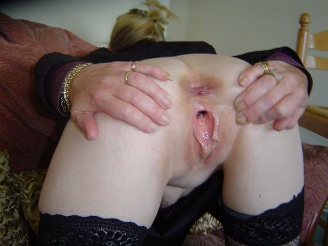 Over 20 uk amateur milf porn movies  £5 $9.75