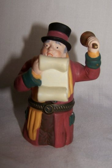 "NIB Dept 56 ""Town Crier"" Porcelain Hinged Box Christmas"