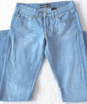 BEBE  Womens/Juniors faded-style jeans  Size 27