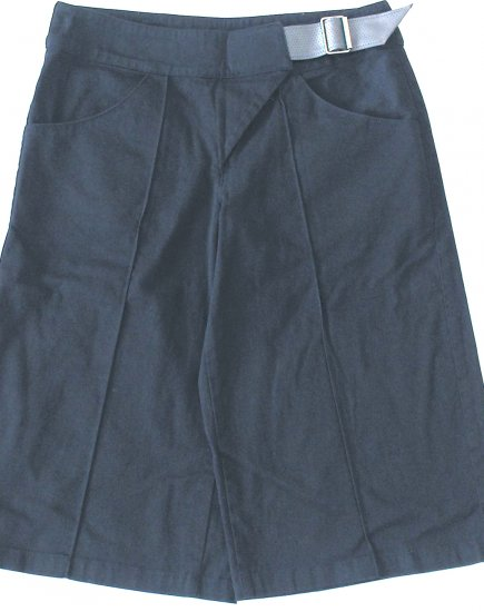 INDIVIDUAL  Womens Gaucho-style pants  Size medium