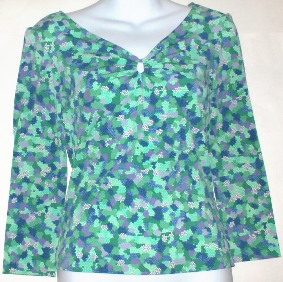 BCBG MAX AZARIA  Womens/Juniors top  Size medium