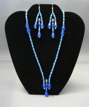LC956S - Capri Blue Swarovski Necklace and Earring set