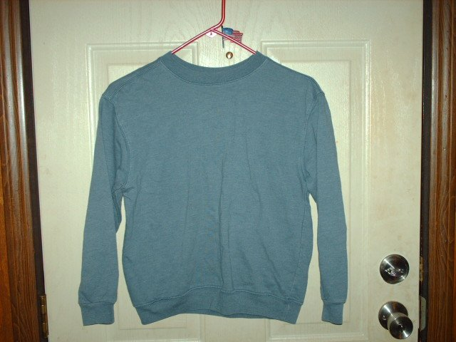 Unisex Faded Blue New Legends Kid's Size M (10/12) Gently Used Sweatshirt