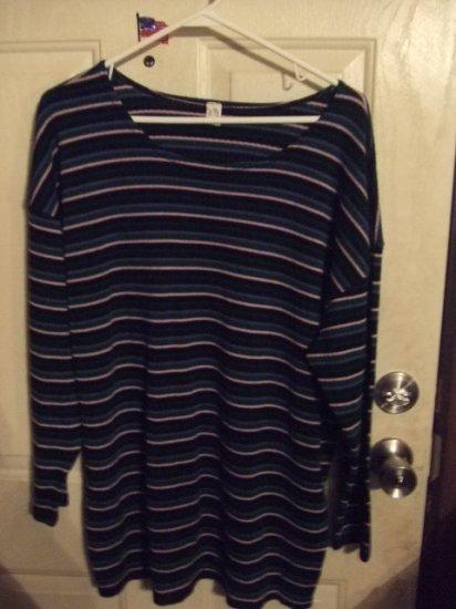 Gently Worn Women's 2x Striped Knit Long Sleeve Top