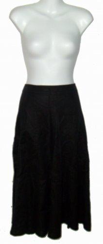 Size 10 Black Liz Claiborne Skirt w/o tags.