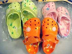 """""""kona"""" kids clogs tye dye design wholesle lot of 12 size 8-13"""