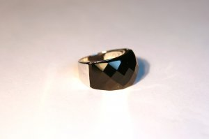 Faceted Onyx