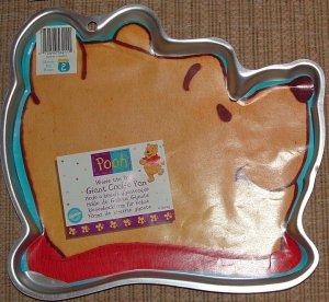 NEW Wilton Giant Pooh head Cookie pan OOP