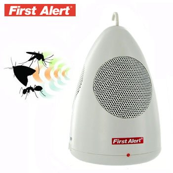 FIRST ALERT® PORTABLE ULTRASONIC PEST REPELLER