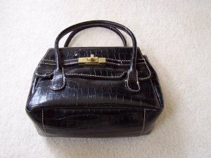 Merona ladies hand bag