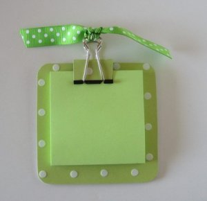 Green with White Polka Dot Post It Note Holder