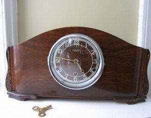 Westminster Elg-Art Mantle Clock