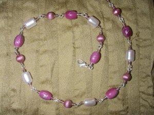 fuschia glass bead with pearl necklace