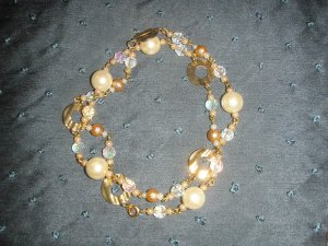 gold and ivory pearl beaded necklace