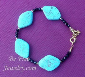 Diamond shaped turquiose w/ black crystals beaded bracelet