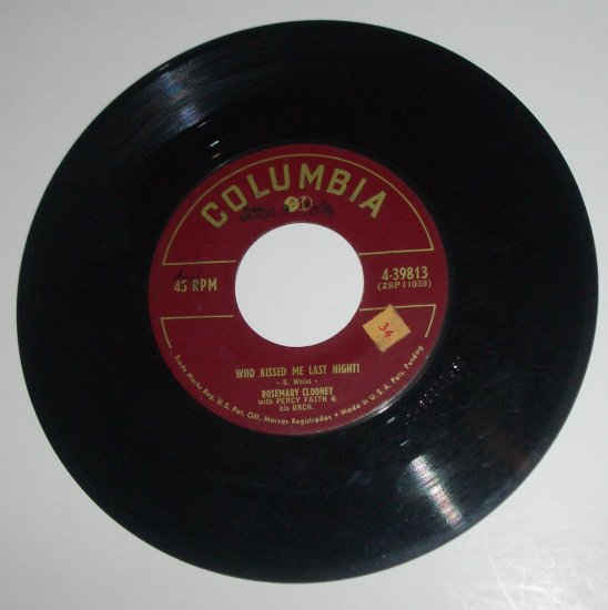 "Rosemary Clooney 7"" 45 RPM Vinyl Record Who Kissed Me Last Night? / Blues in the Night 1952"