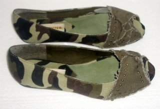 Restricted Brand Army Brat Olive Camo Flat Shoes Size 6