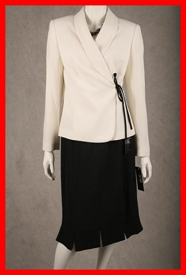 LE SUIT 2 pc White/Black Wrap style Skirt Suit Sz 10