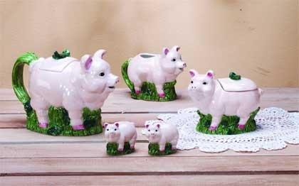 Pig Tea Set