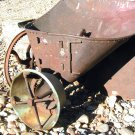 Antique Farm Garden Hand Crank Seeder ec