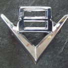 V 8 emblem ornament