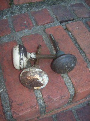 Vintage Metal Door Knobs Industrial Rustic Restoration Hardware Rusty Set of 3