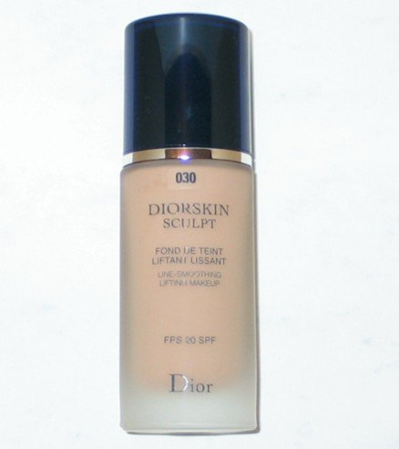 CD Christian Dior Diorskin Sculpt line smoothing lifting foundation - 030 MEDIUM BEIGE