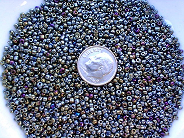 Size 11 iris beads moss 15 grams