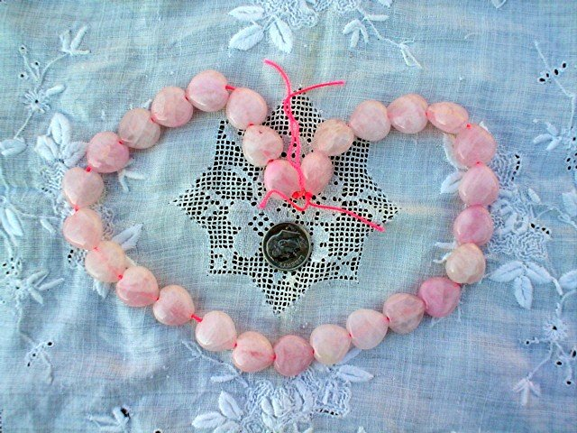 Gemstone stone beads Pink quartz puff heart 14-15mm 16 inch strand