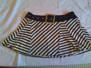 Short striped skirt.
