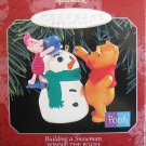 Hallmark Keepsake Christmas Ornament 1998 Building a Snowman Winnie Pooh Piglet GB ~*~v