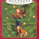 Hallmark Keepsake Christmas Ornament 2000 Caroler's Best Friend Basset Hound GB ~*~