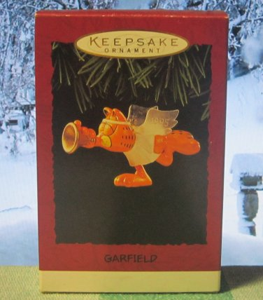 Hallmark Keepsake Christmas Ornament Garfield 1995 Cat Angel with Trumpet GB ~*~