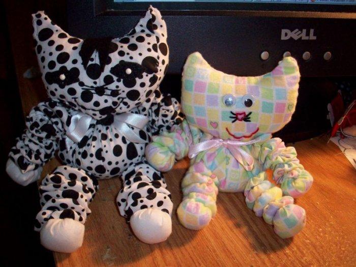yoyo kitten and cat pattern