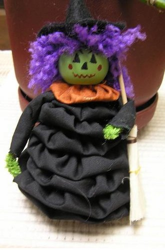 Witch YoYO doll