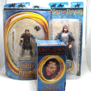Lord Of The Rings Figure & Goblet LOT Frodo Aragorn MIP