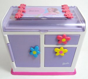Barbie Magic Jewelry Box and Magnetic Rings RARE