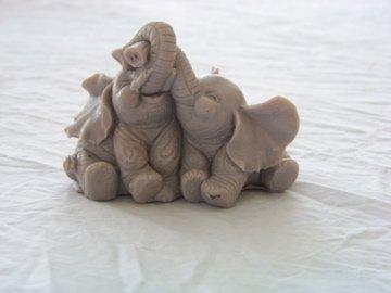 1 Handmade 5oz Lavender Scented Goats Milk Elephant Soap