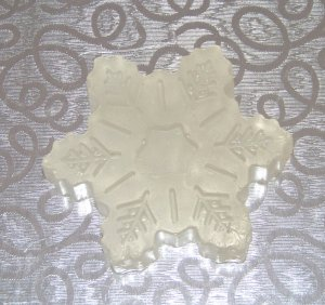3 Handmade Snowflake Goats Milk Soaps 1oz each [Vanilla Scented] FREE SHIPPING