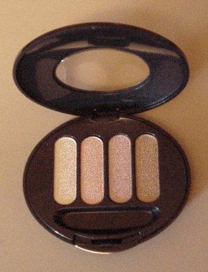 Avon -True Color - Eyeshadow Quad - Angelfood
