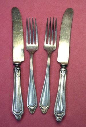 ONEIDA ROCKFORD HAWTHORN 1908 2FORKS 2KNIVES SILVERPLATE FLATWARE SILVERWARE