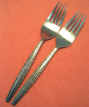 INTERNATIONAL INS174 INS 174  2SALAD FORKS LUXURY STAINLESS FLATWARE SILVERWARE