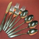 ONEIDA OHS 9 OHS9 KNIFE &4 SPOONS 4FORKS STANHOME DELUXE STAINLESS FLATWARE SILVERWARE